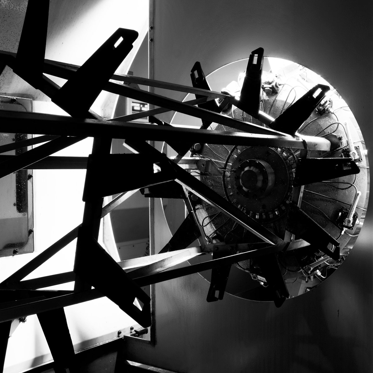 Precision mechanics Machine